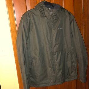 Mens size XL ski Columbia jacket. Army green.